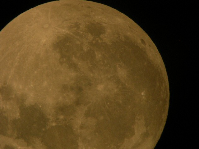Full Moon (Corner)- June 22nd, 2005